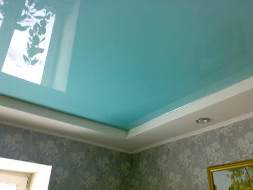 Натяжной потолок компании Классика