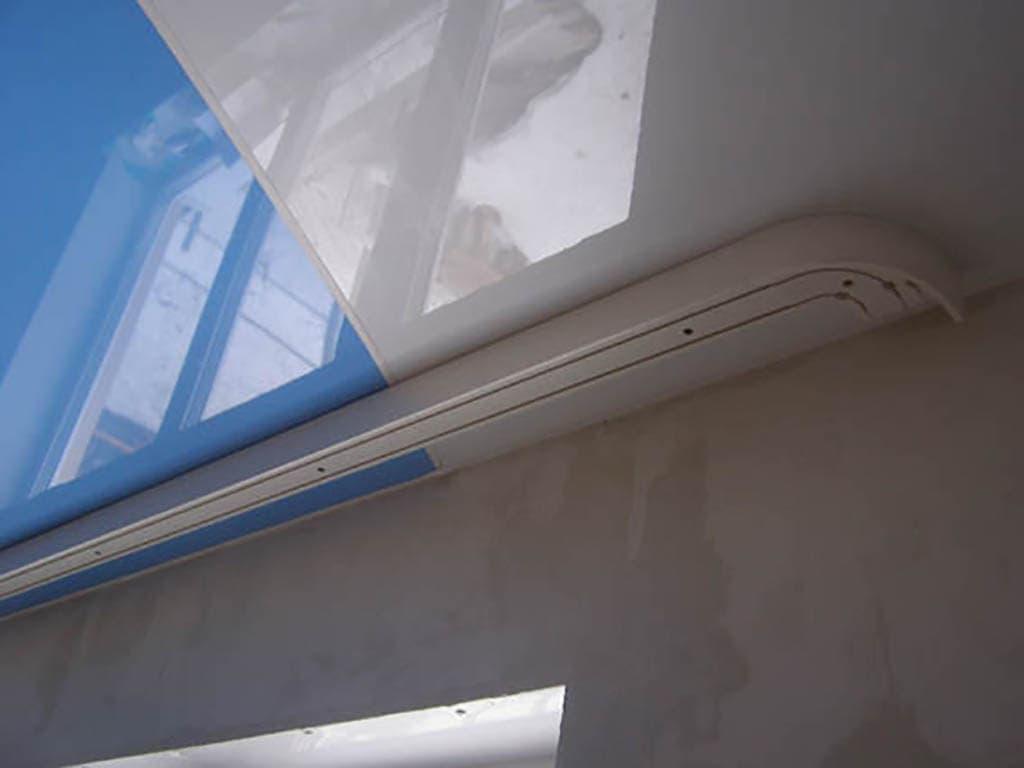 Как сделать потолочную гардину если потолок натяжной 63