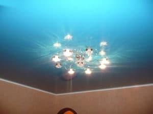Уход за натяжными потолками без швов, компания Классика в Новосибирске